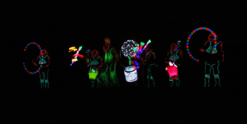 """Im Rahmenprogramm: Die Leuchttanzgruppe """"Nightlights"""""""
